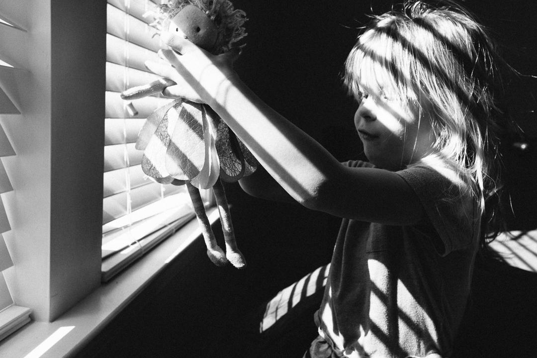 Best Topsail Beach candid childhood photographer North Carolina