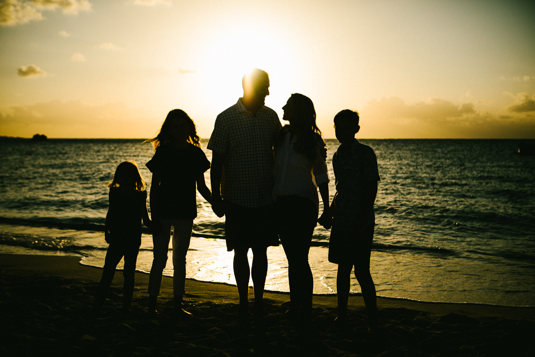 Best Okinawa family portrait photographer