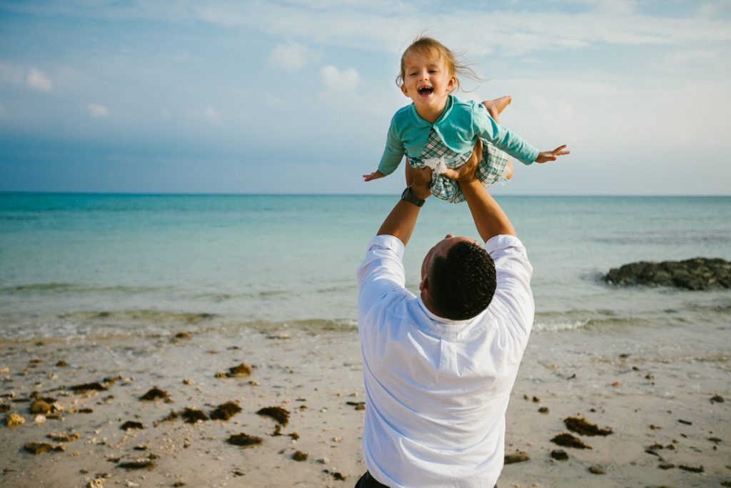 Best Okinawa family portrait photographer Asia vacation photographer